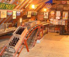 breng een bezoekje aan de lokale brouwerij Halve Maan of Bourgogne des Flandres